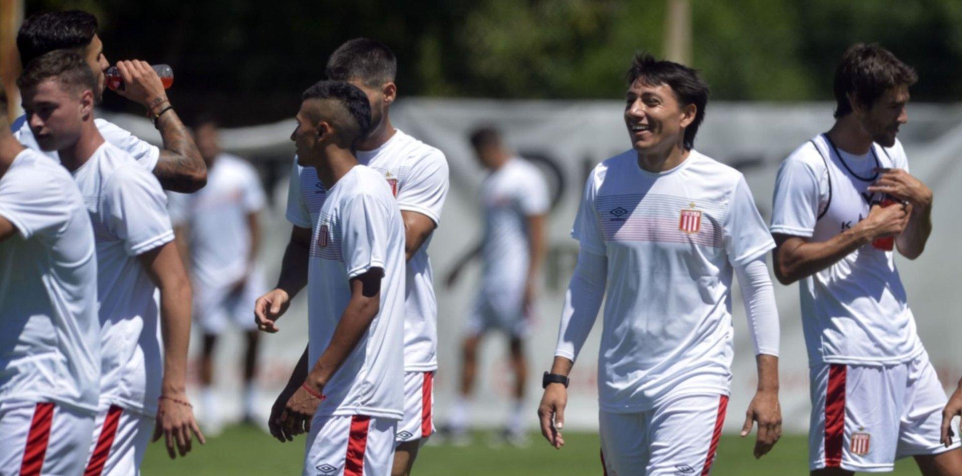 Con varios lesionados y dudas, Estudiantes entrena con la mente puesta en Argentinos