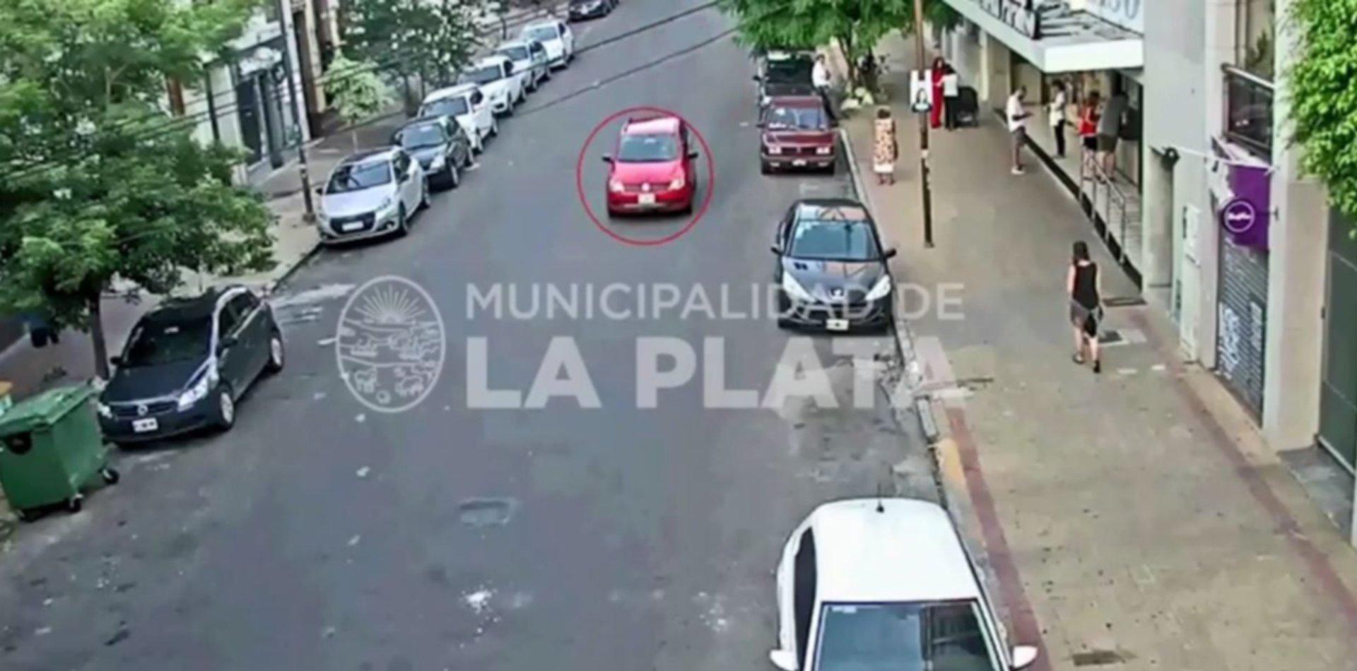 VIDEO: Secuestró a una familia para llevarse el auto y lo siguieron por toda la ciudad