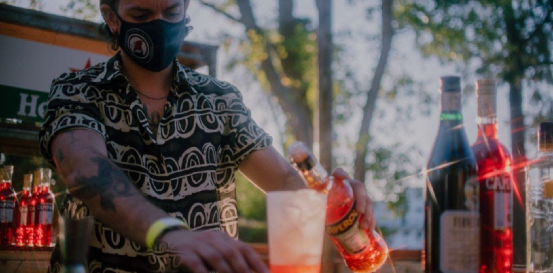 GAH GAH, Piscis Vicius y DJ Tamara Stella se presentan en Parador Playa