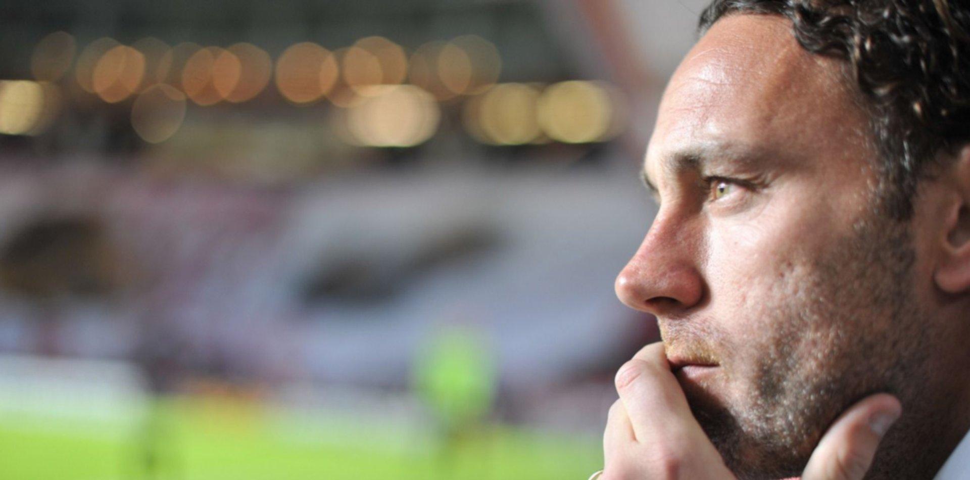 Estudiantes busca un defensor que jugó en Boca, Racing y ahora está en Europa