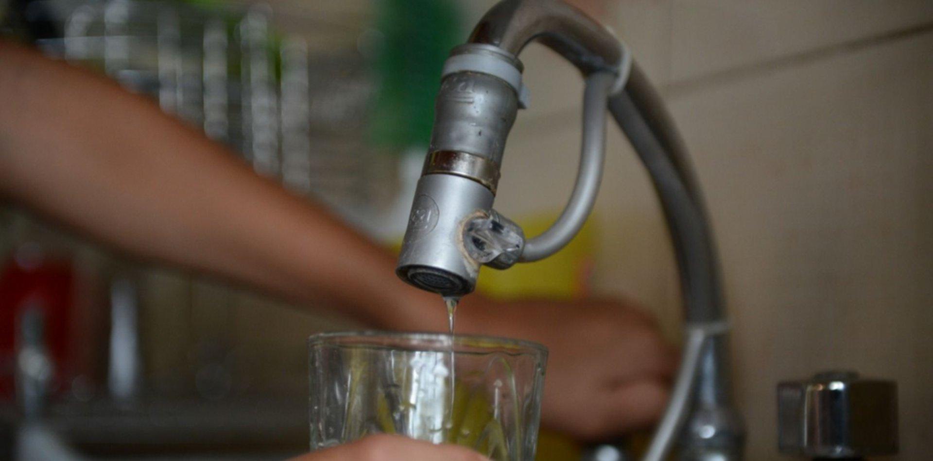 Pidieron un estudio de potabilidad del agua de City Bell y San Carlos