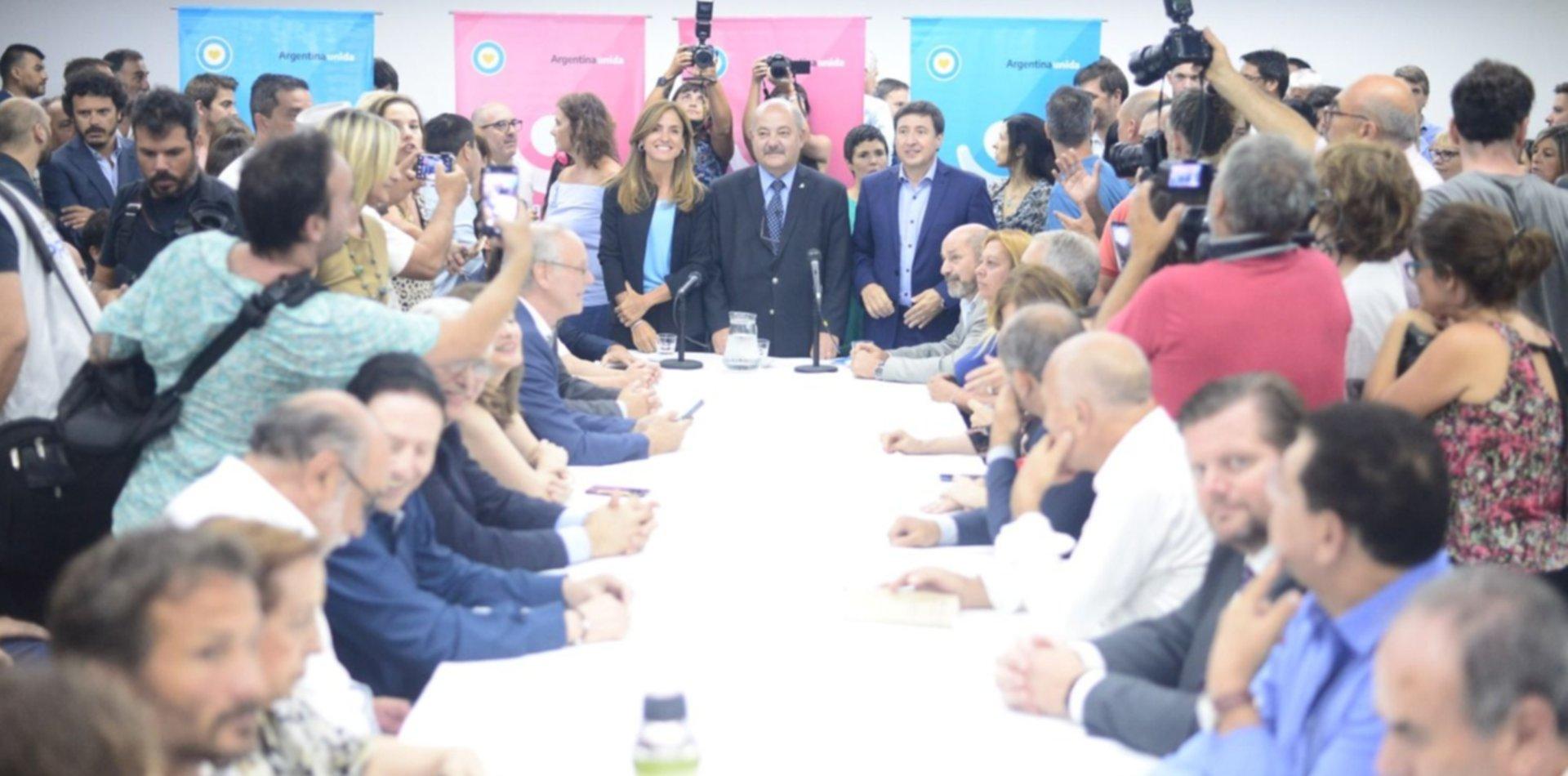 Unos 47 mil chicos platenses comprarán alimentos con la tarjeta del plan Argentina contra el Hambre