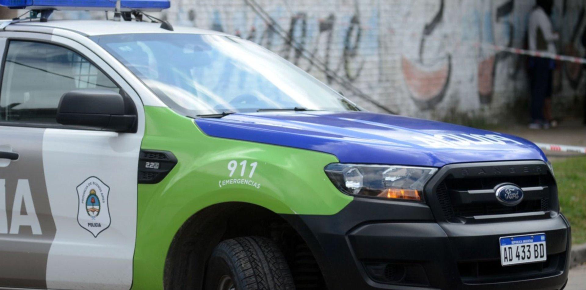 Persecución, choque y un policía herido en un barrio de La Plata