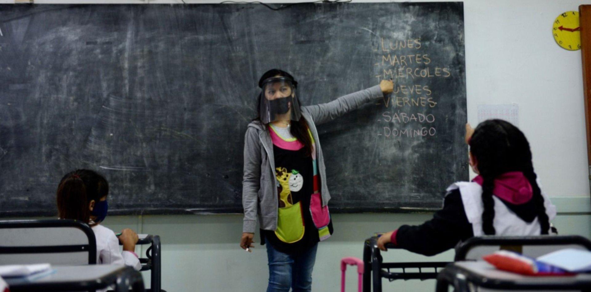 Otro gremio docente pide restricciones en las ciudades con más casos y evalúa acciones