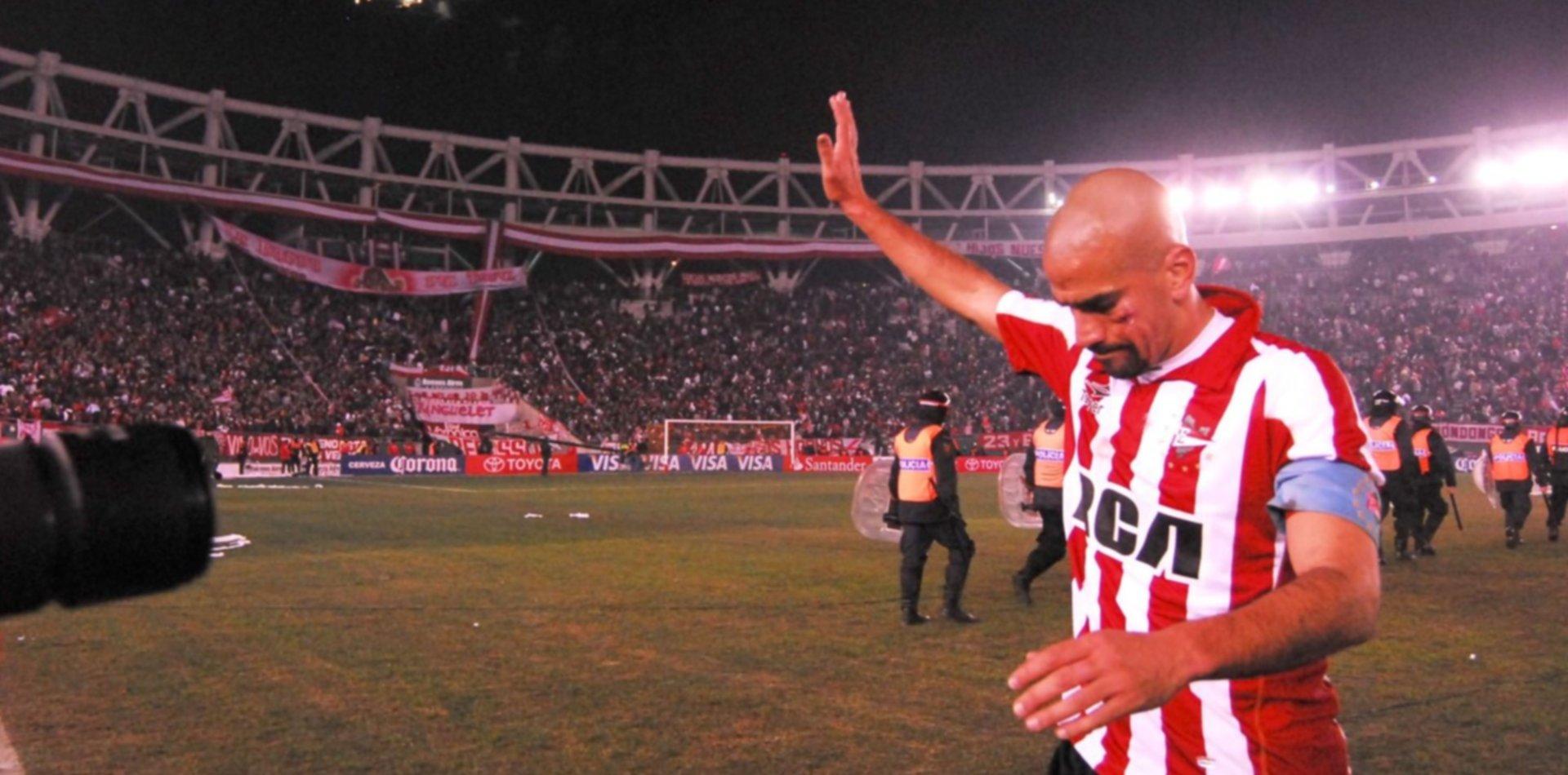 A cuatro años de su tercer retiro, Juan Sebastián Verón vuelve a jugar al fútbol