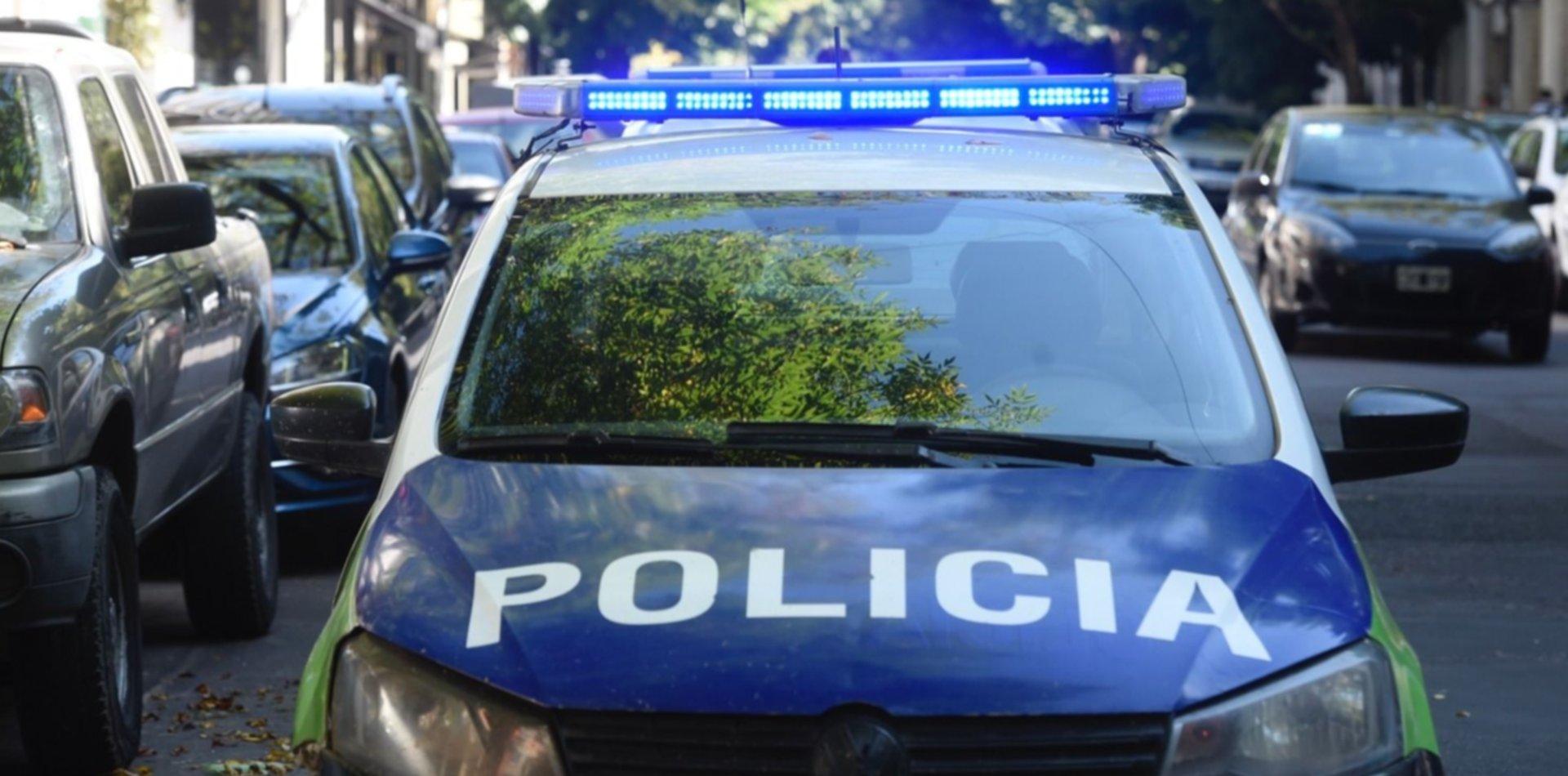 Mantuvo secuestrada a su pareja en La Plata, la golpeó y amenazó con matarla