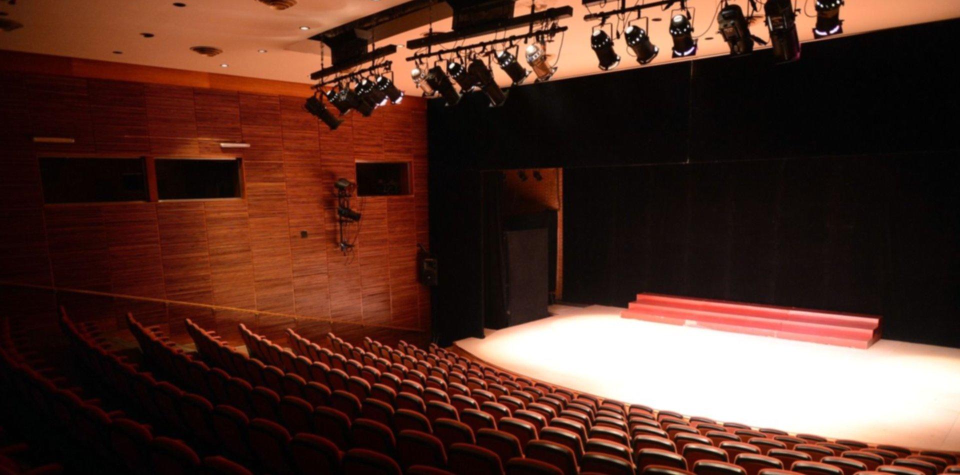 Provincia confirmó que los teatros reabrirán durante la temporada de verano