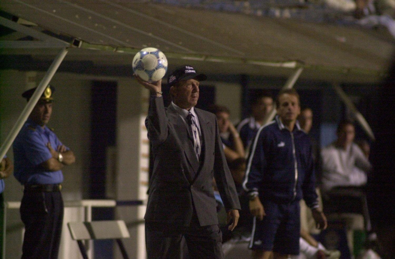 El mundo del fútbol despide con profundo dolor y respeto a Carlos Timoteo Griguol