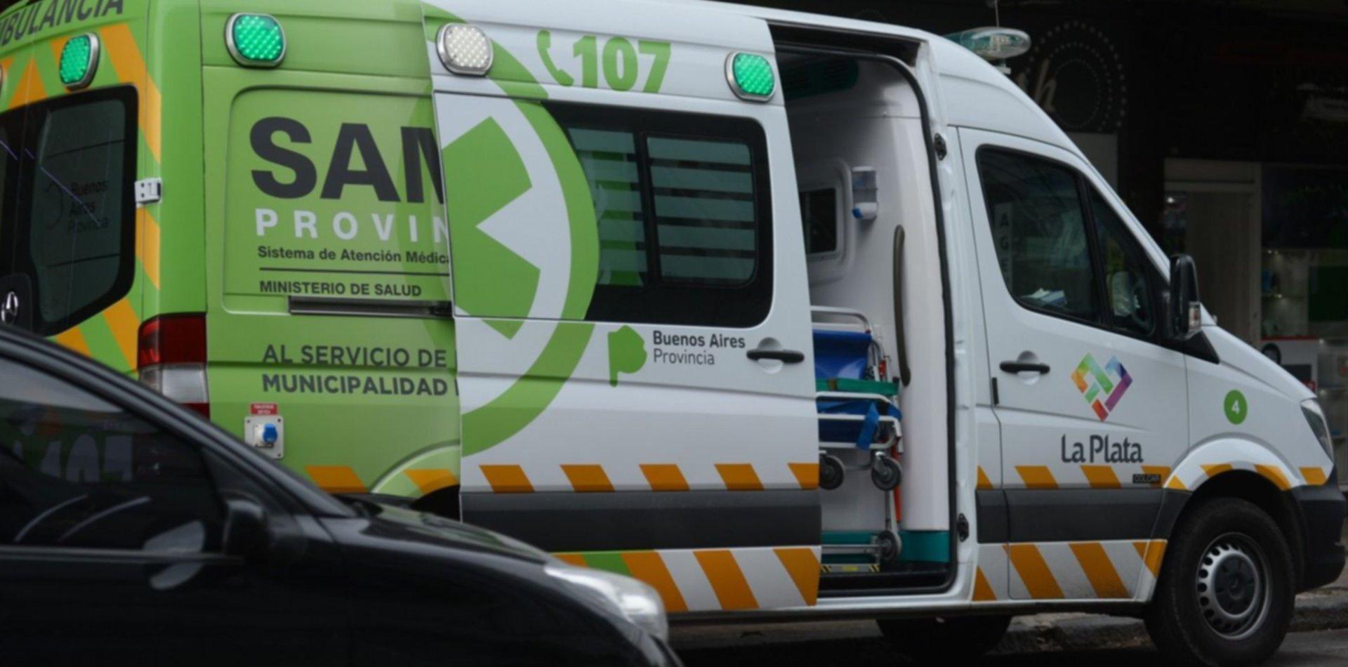 Apuñalaron a un abuelo en el cuello para robarle en La Plata