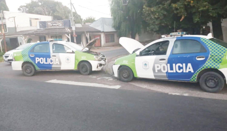 Un móvil se quedó sin batería, no fue a una denuncia y los vecinos de La Plata estallaron