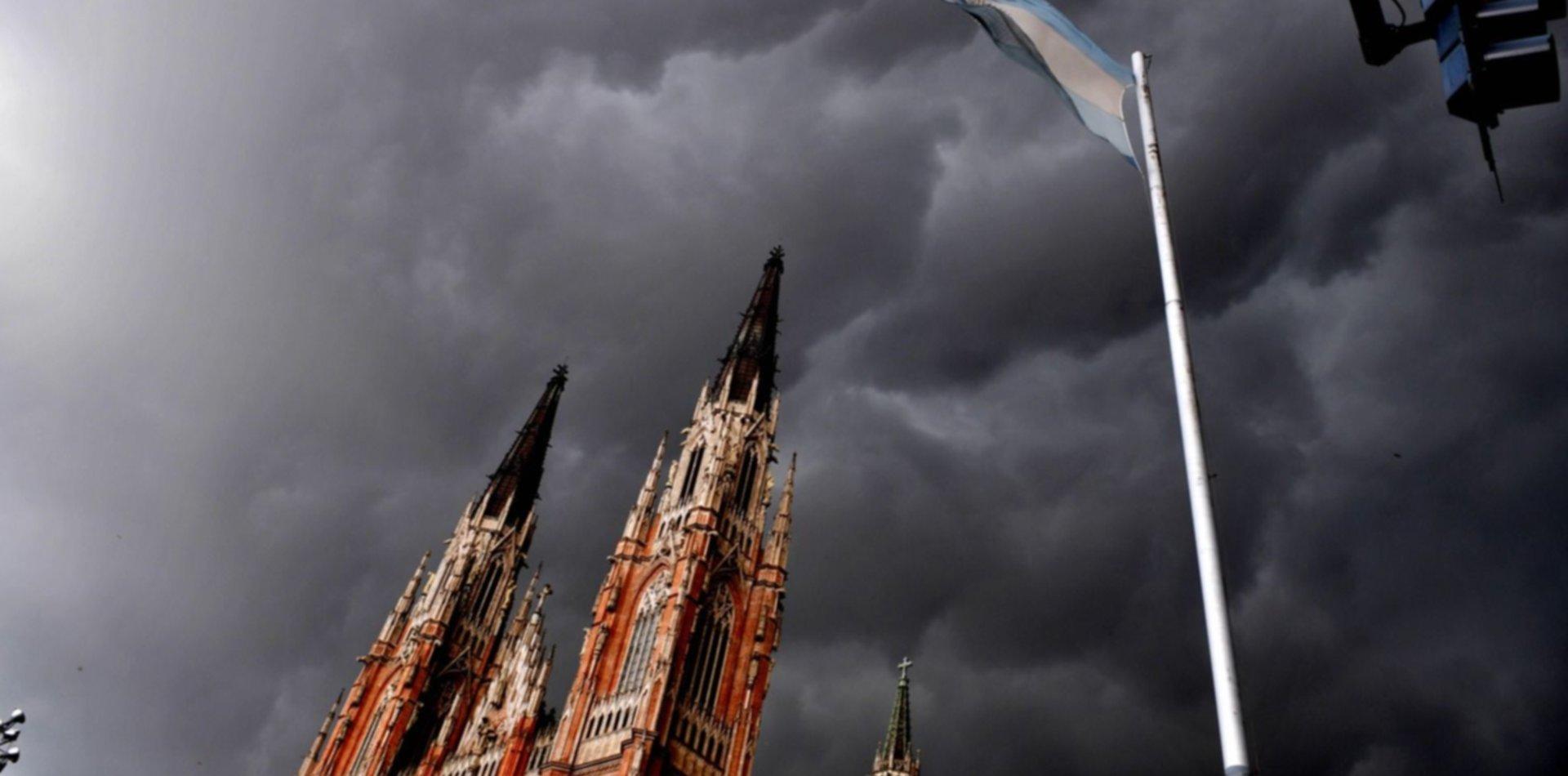 Con los alertas vigentes, ¿cómo va seguir el clima en La Plata?