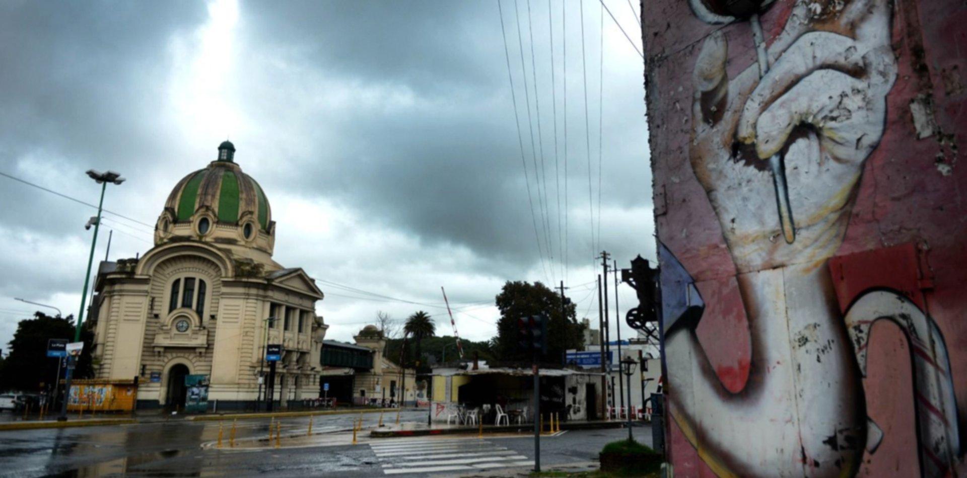 Tras la tormenta y las lluvias, renuevan el alerta por el clima en La Plata