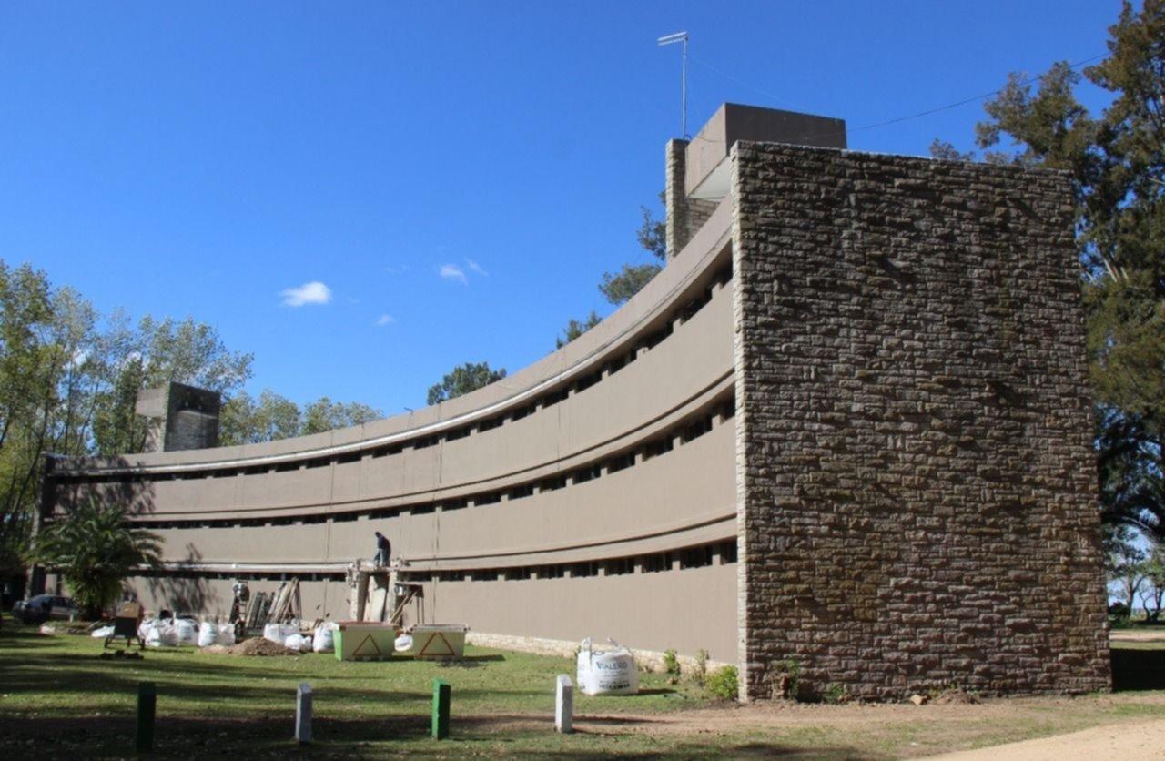 Así es por dentro el hospital que Ensenada armó en tiempo récord por el coronavirus