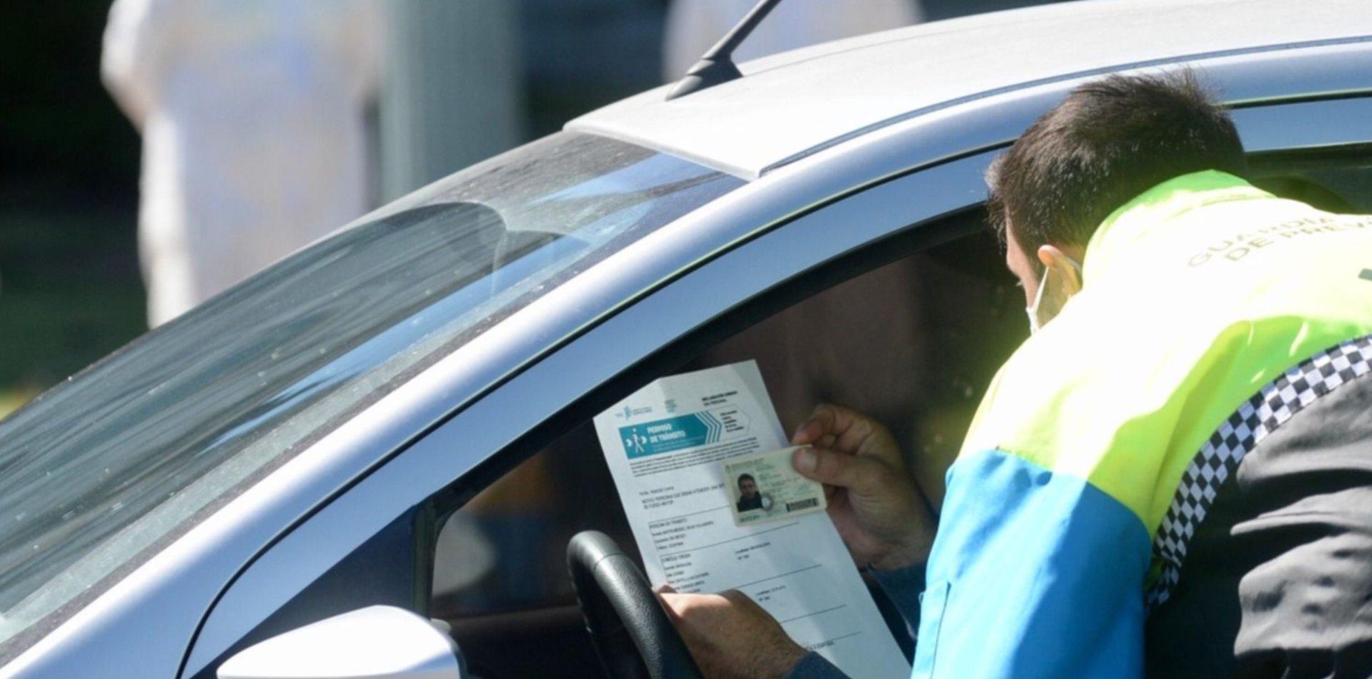 Ya rige el nuevo certificado de circulación y los controles son más estrictos en La Plata