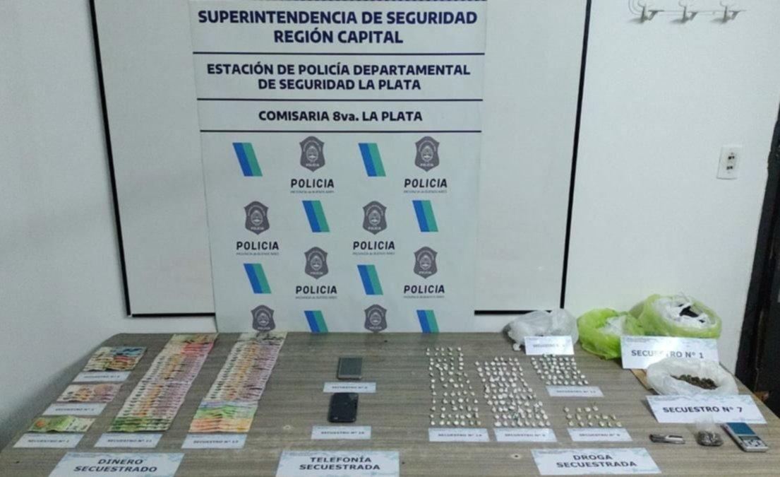 Secuestran más de 200 dosis de cocaína y marihuana en un operativo antinarco en La Plata