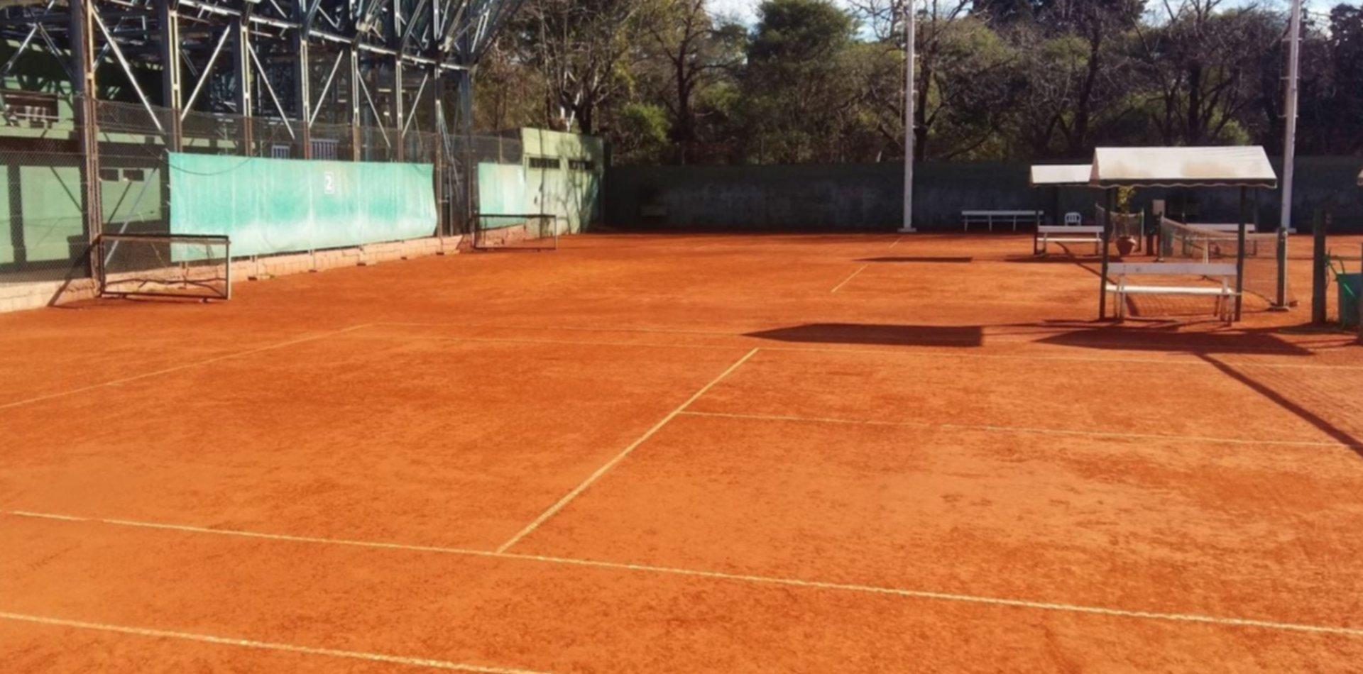 El regreso del tenis se encamina para mediados de agosto en las canchas de la provincia