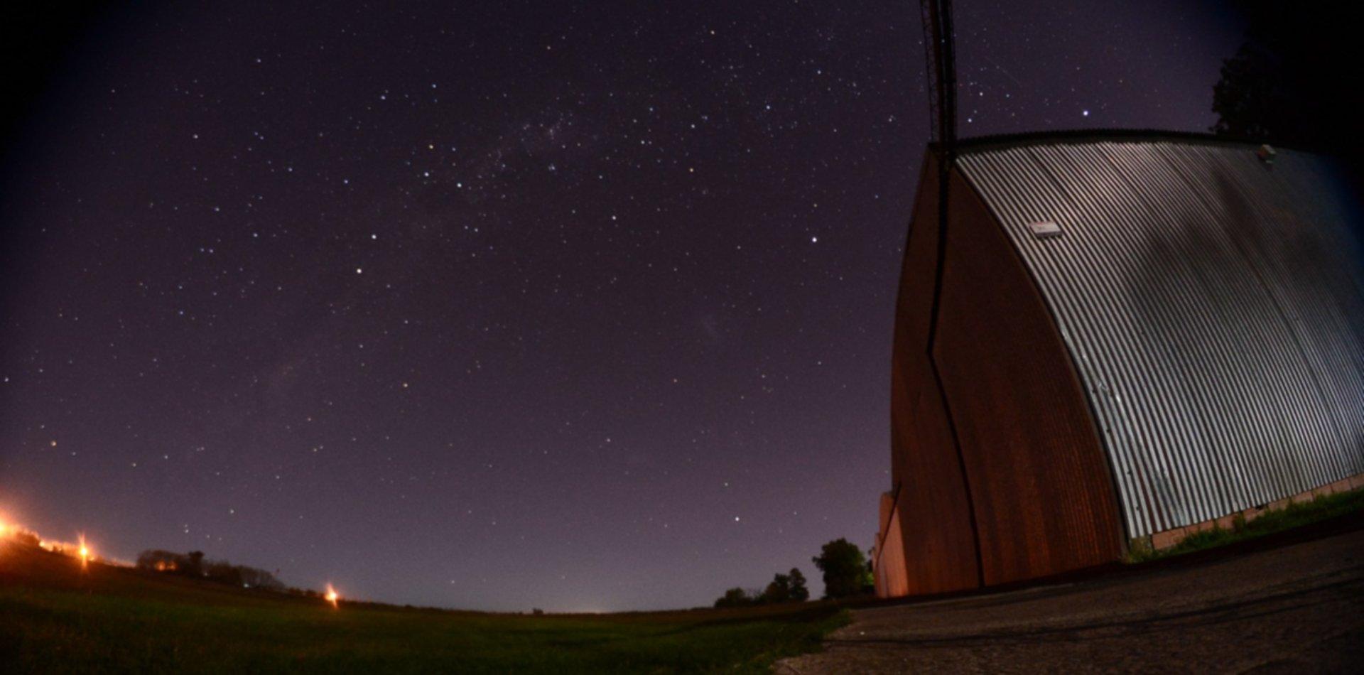 Crónica de una noche de vigilia ovni bajo el resplandeciente cielo estrellado de La Plata