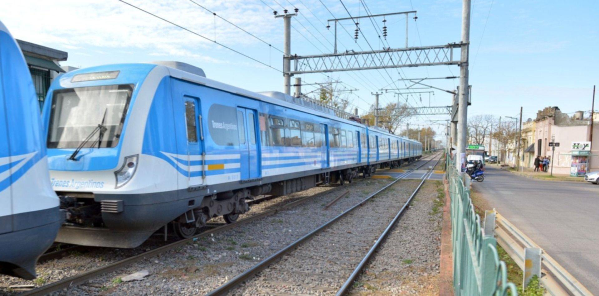 Accidente fatal en el tren Roca: tras la suspensión, vuelve a funcionar el servicio de Constitución a La Plata