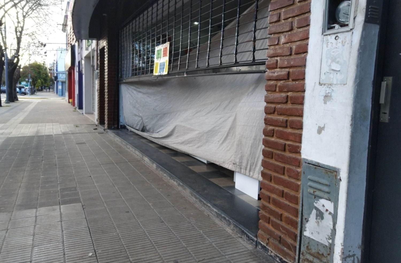 Cuarentena: doce industrias abren sus puertas y los comercios ...