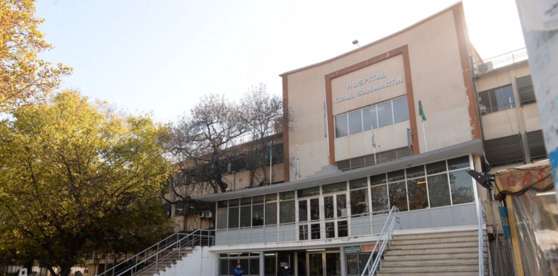 Un comisario de La Plata resultó herido durante un allanamiento y terminó en el hospital