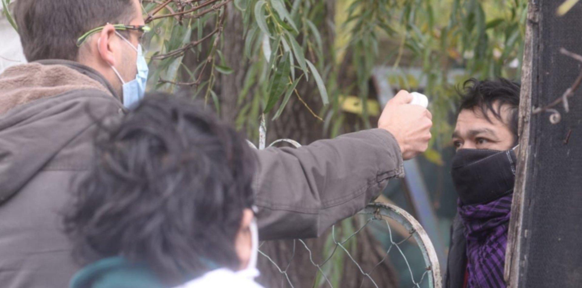 Descartan que hayan detectado un caso sospechoso en el barrio que monitorearon en La Plata