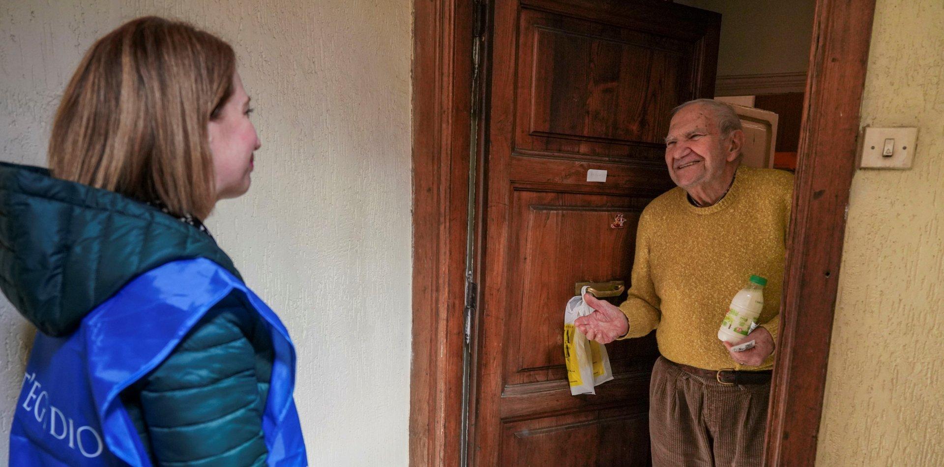 La UNLP firmó un convenio con el PAMI para brindar asistencia a los adultos mayores