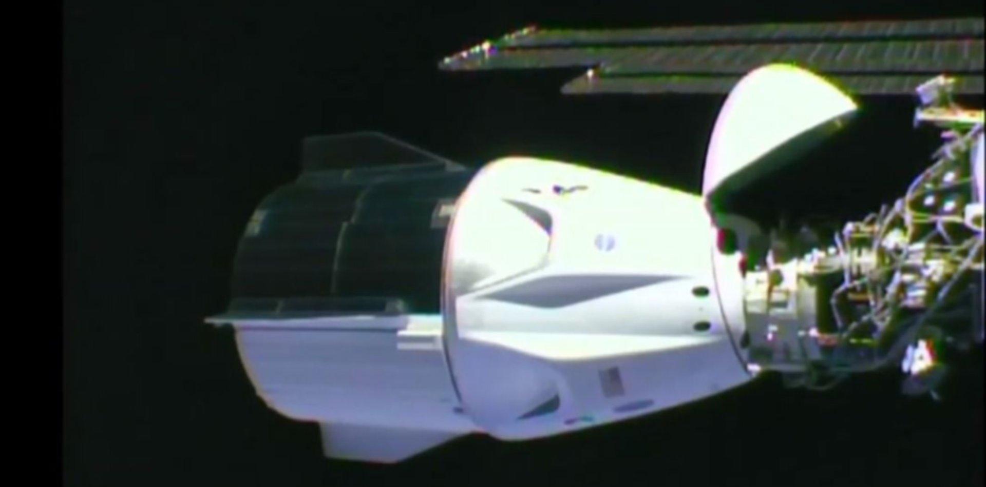 VIDEO: La nave Crew Dragon se acopló con éxito a la Estación Espacial Internacional