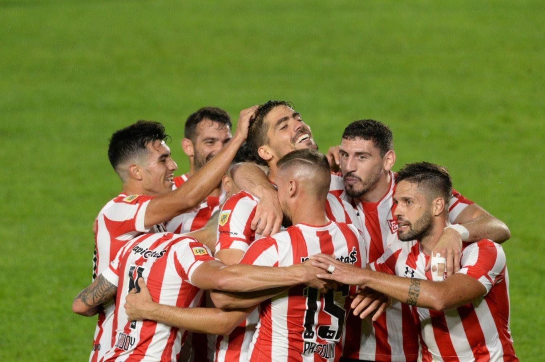 Estudiantes le ganó a Platense y clasificó a la siguiente fase de la Copa de la Liga