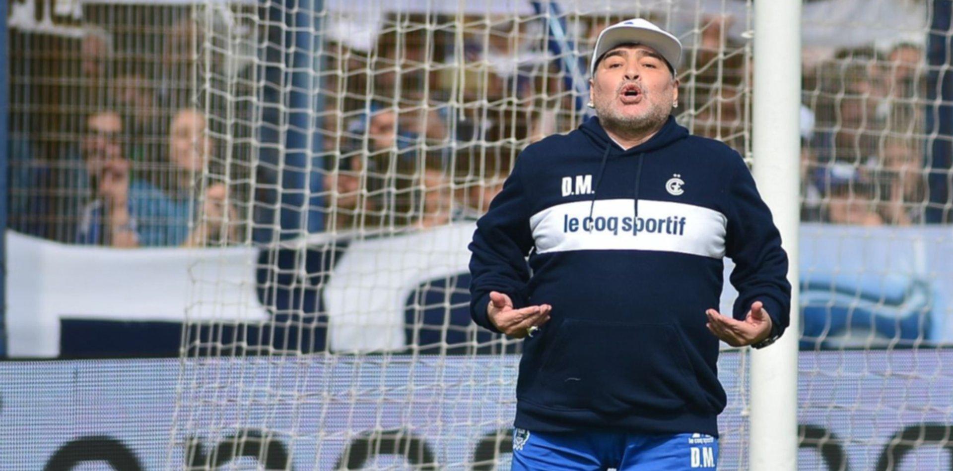 """El médico de Maradona habló de su salud: """"Las recaídas son parte de cualquier tratamiento"""""""