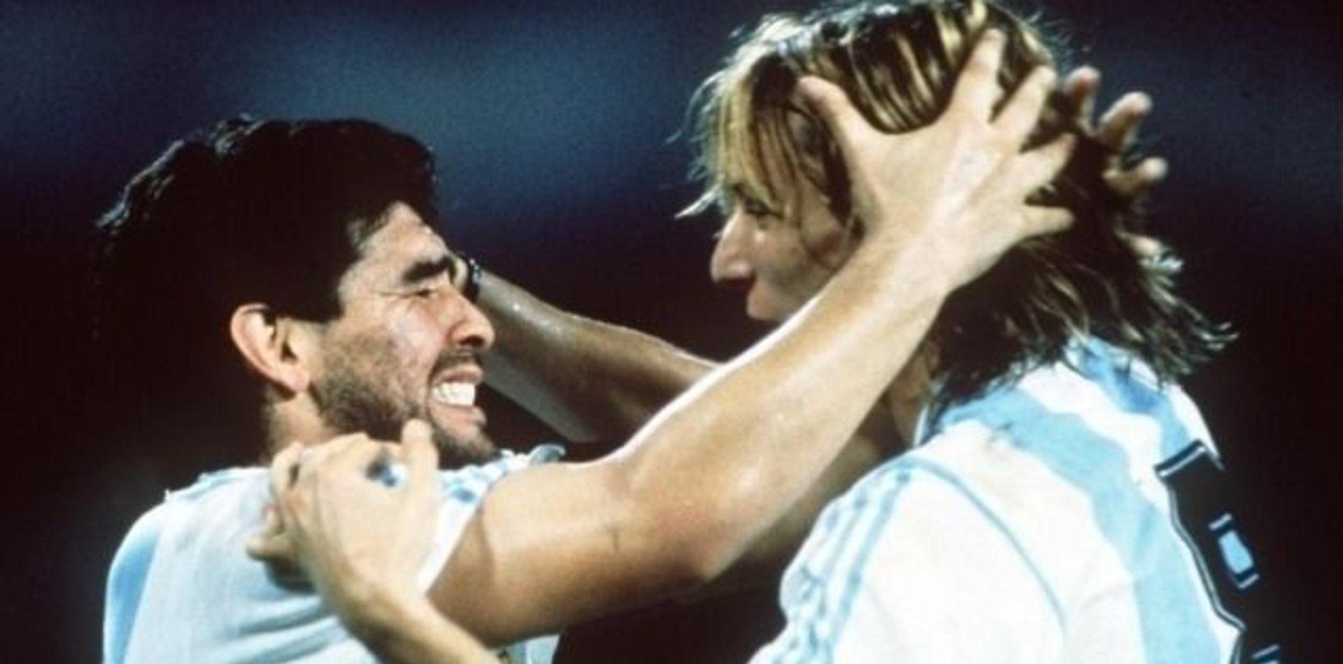 Por ahora, en Gimnasia niegan un contacto con Caniggia para sumarlo al CT de Maradona