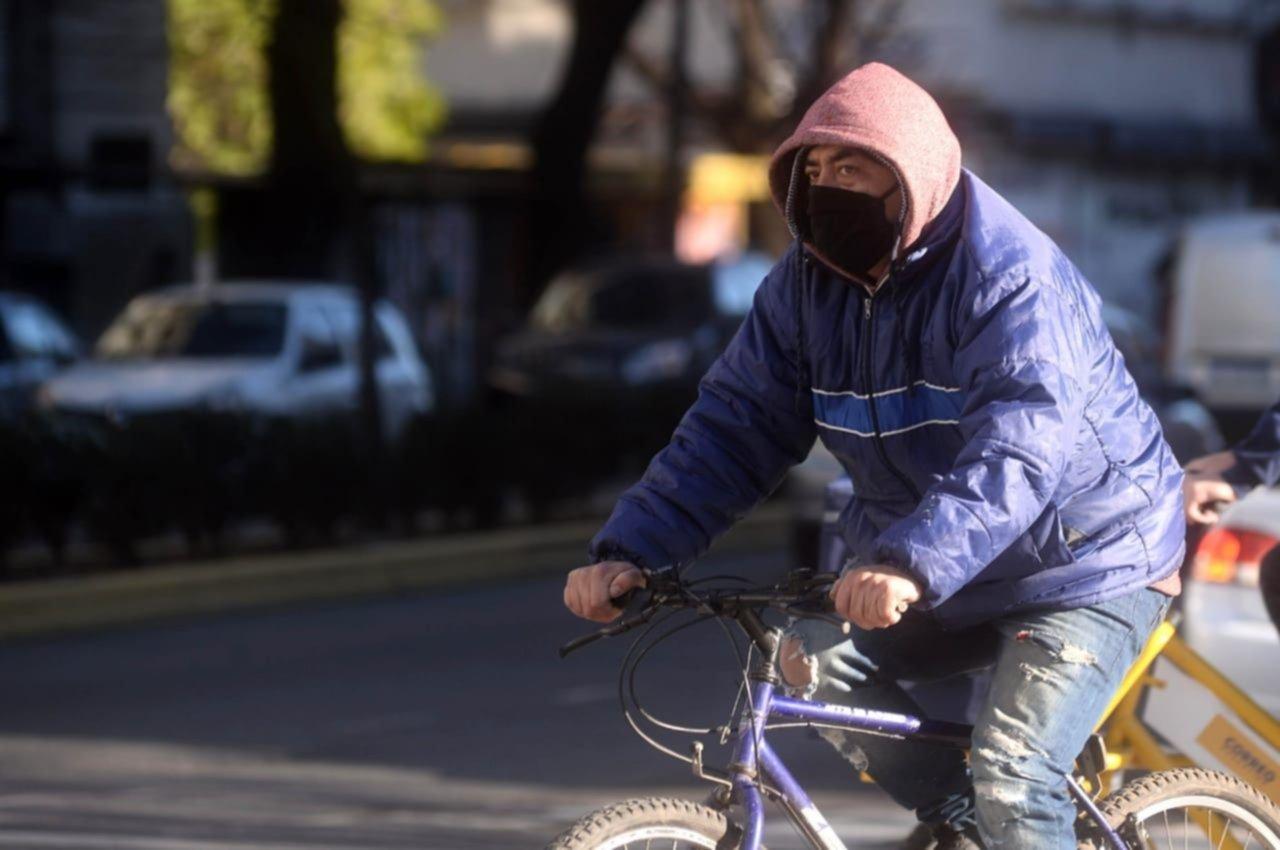 El invierno llega con todo y se vienen días de mucho frío en La Plata