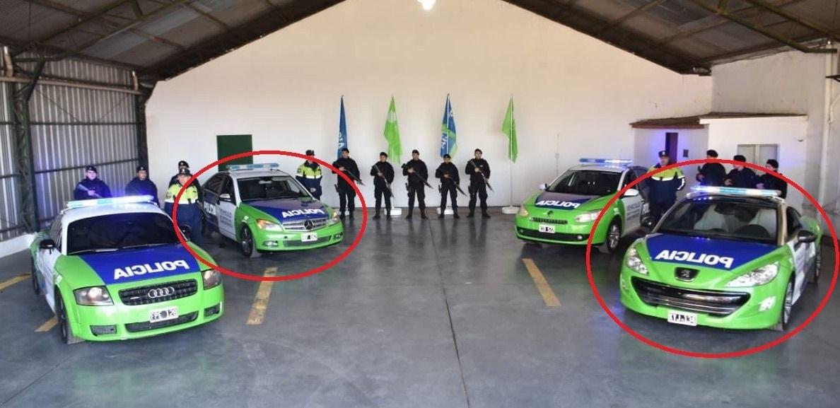Los autos transformados en patrulleros que deben ser devueltos