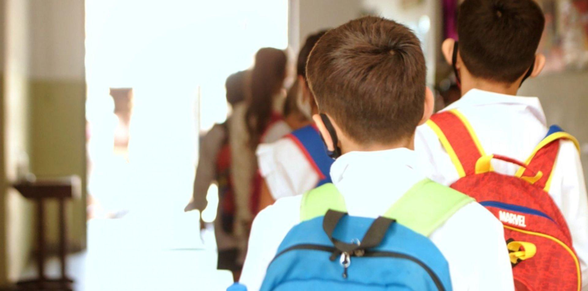 ¿Cómo retomarán las clases presenciales las escuelas de La Plata y la provincia?