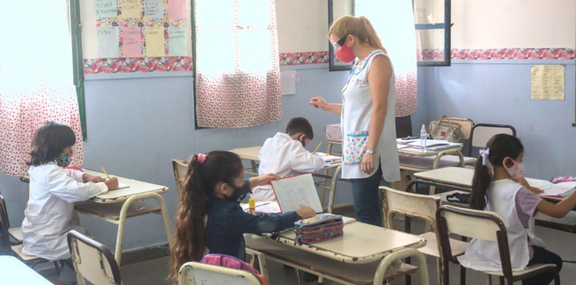 La Provincia extendió el horario escolar y confirmó las clases los sábados y a contraturno