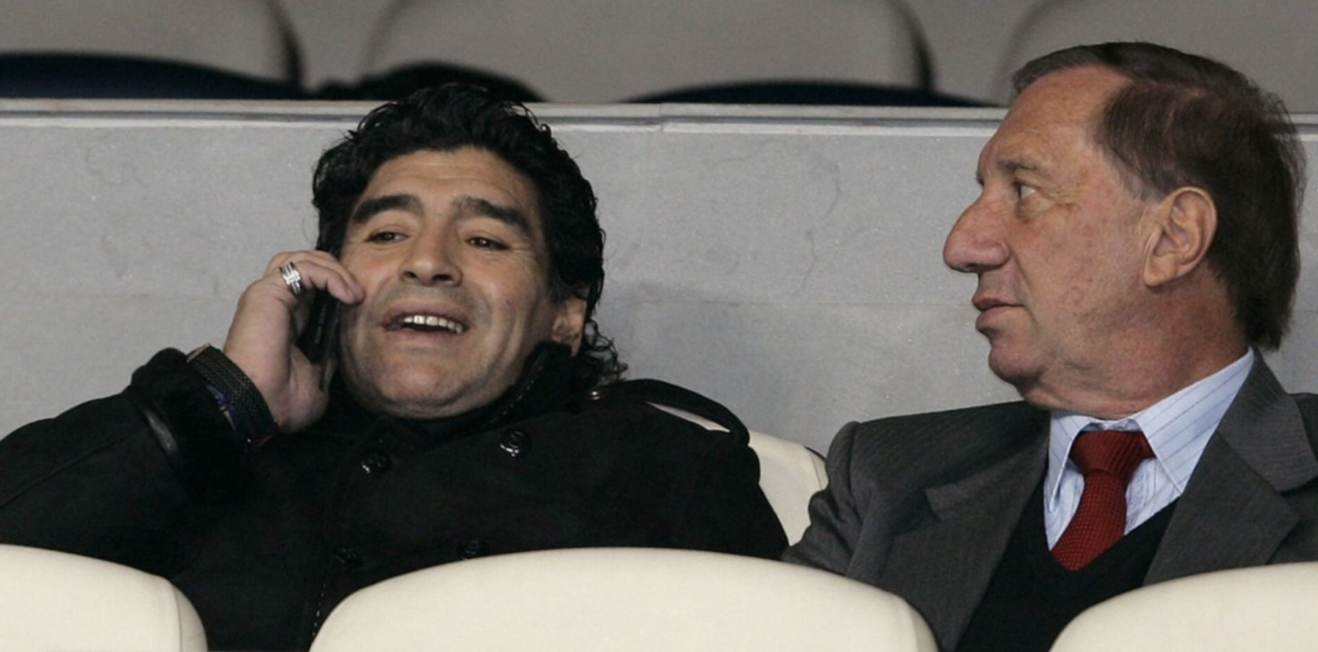 ¿Cómo hacen la familia y los enfermeros para evitar que Bilardo sepa que Maradona murió?