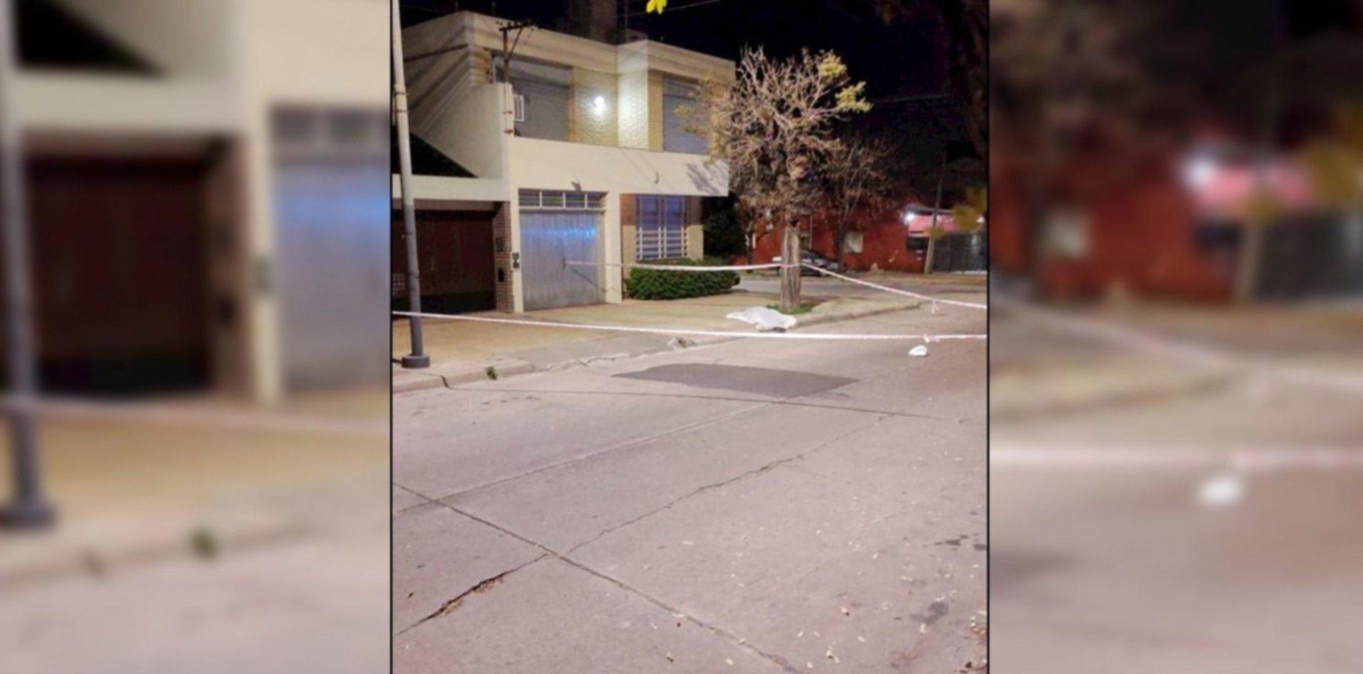 Un hombre se defendió a los tiros de un robo en La Plata y mató a un chico de 15 años