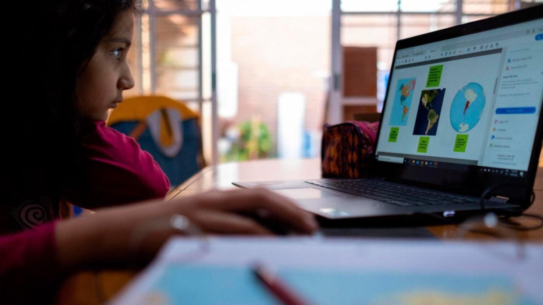 Investigadores de la UNLP advierten que el aislamiento disparó la miopía en los más chicos
