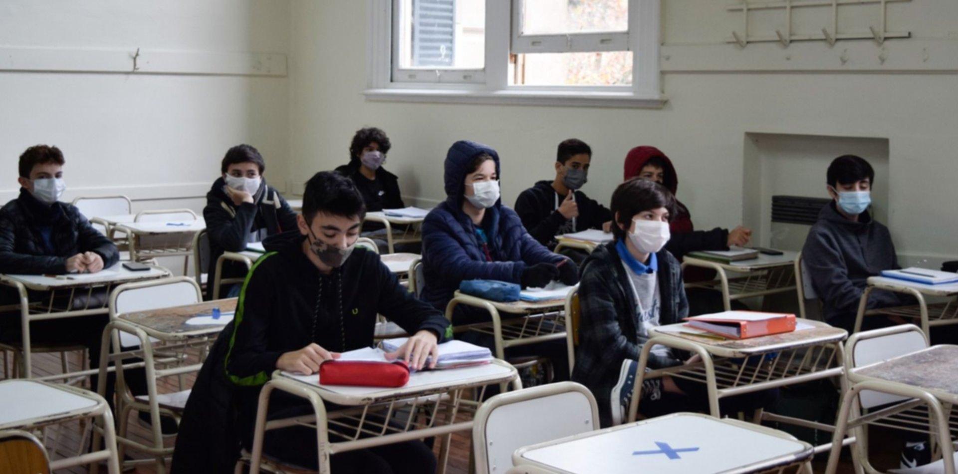 Los colegios de enseñanza preuniversitaria de la UNLP regresaron a clases presenciales