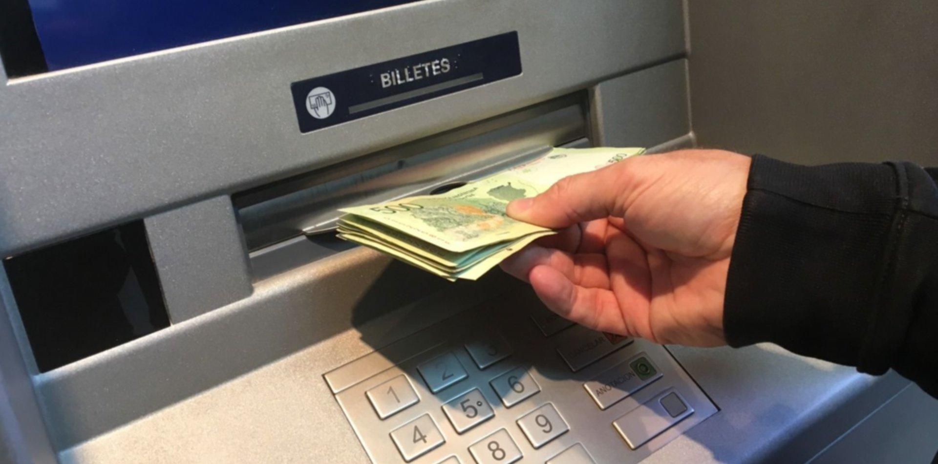Economía post PASO: en el Frente de Todos quieren subir los salarios por decreto
