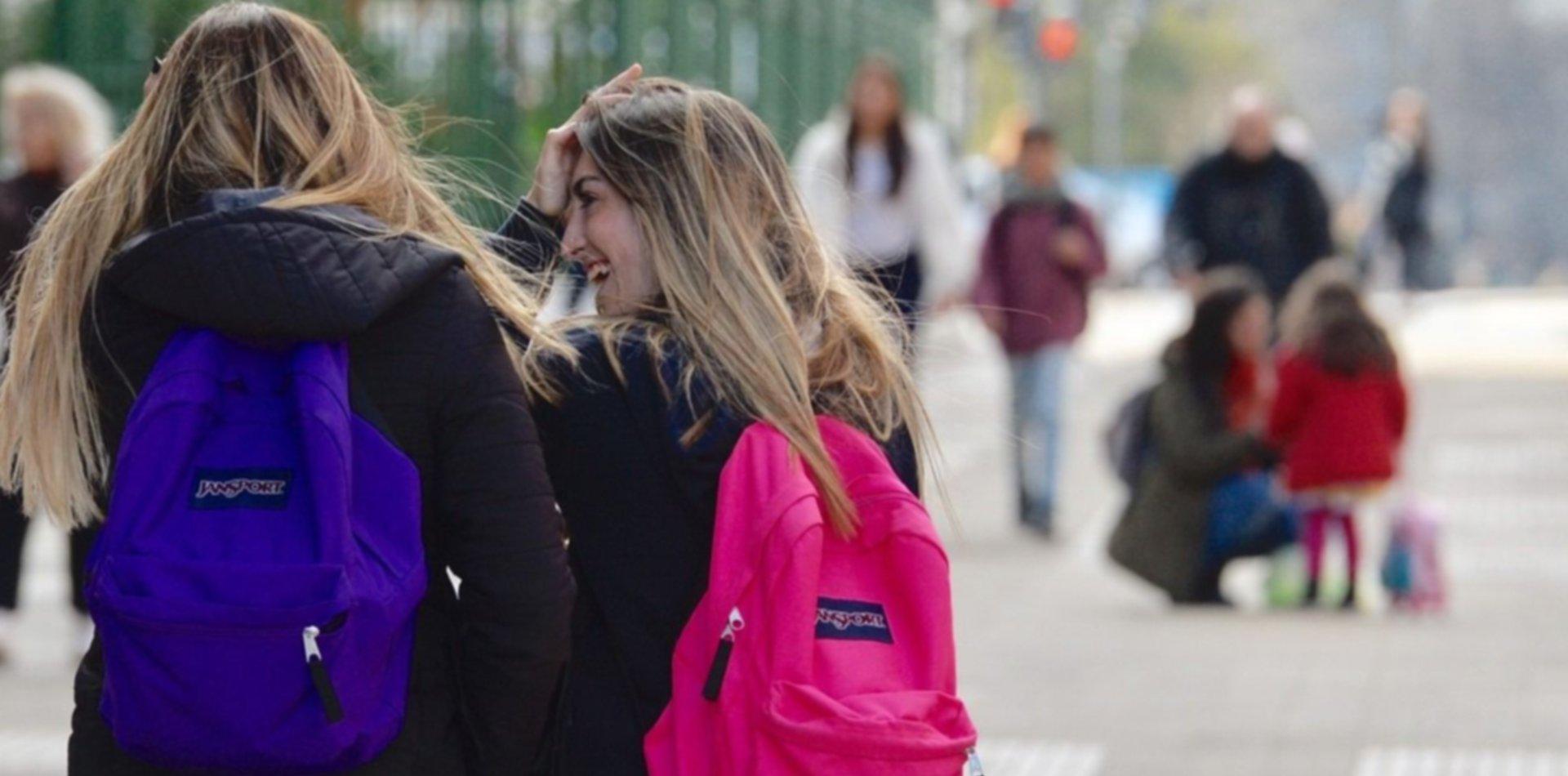 Provincia habilitó a escuelas privadas que tienen un aporte estatal a subir las cuotas