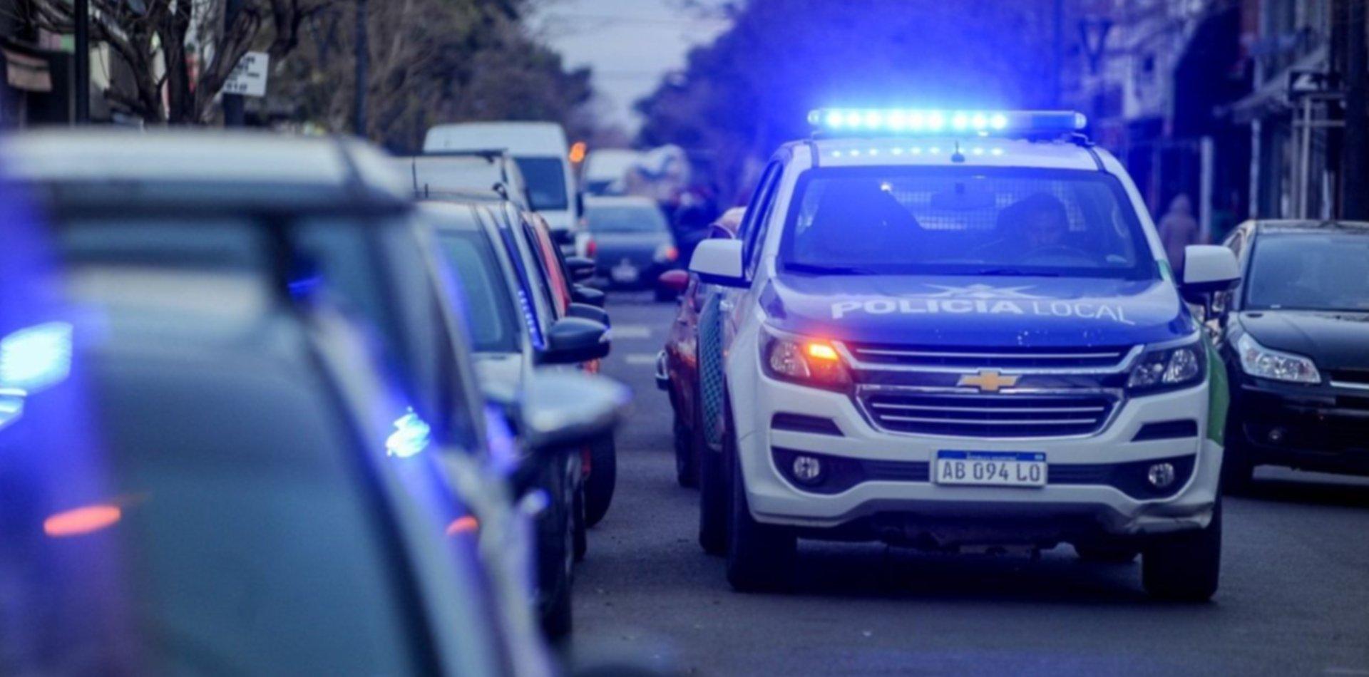 Delincuentes sorprendieron a cuatro amigos y les robaron las bicicletas en La Plata