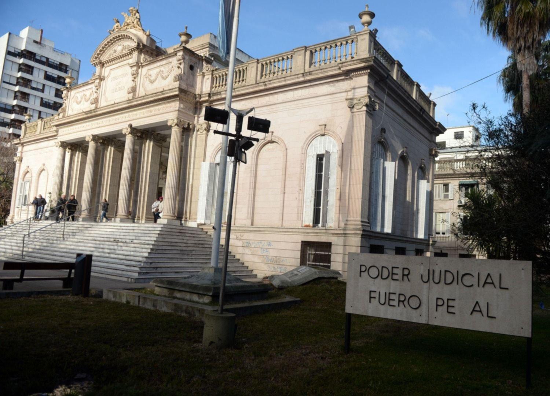 La causa por espionaje a magistrados generó un cruce entre dos fiscales de La Plata