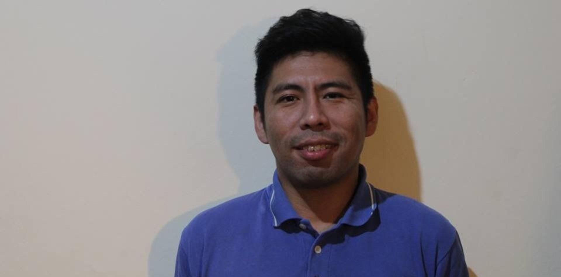 Salvaje ataque homofóbico y xenófobo contra el hermano de Emilia Uscamayta Curi
