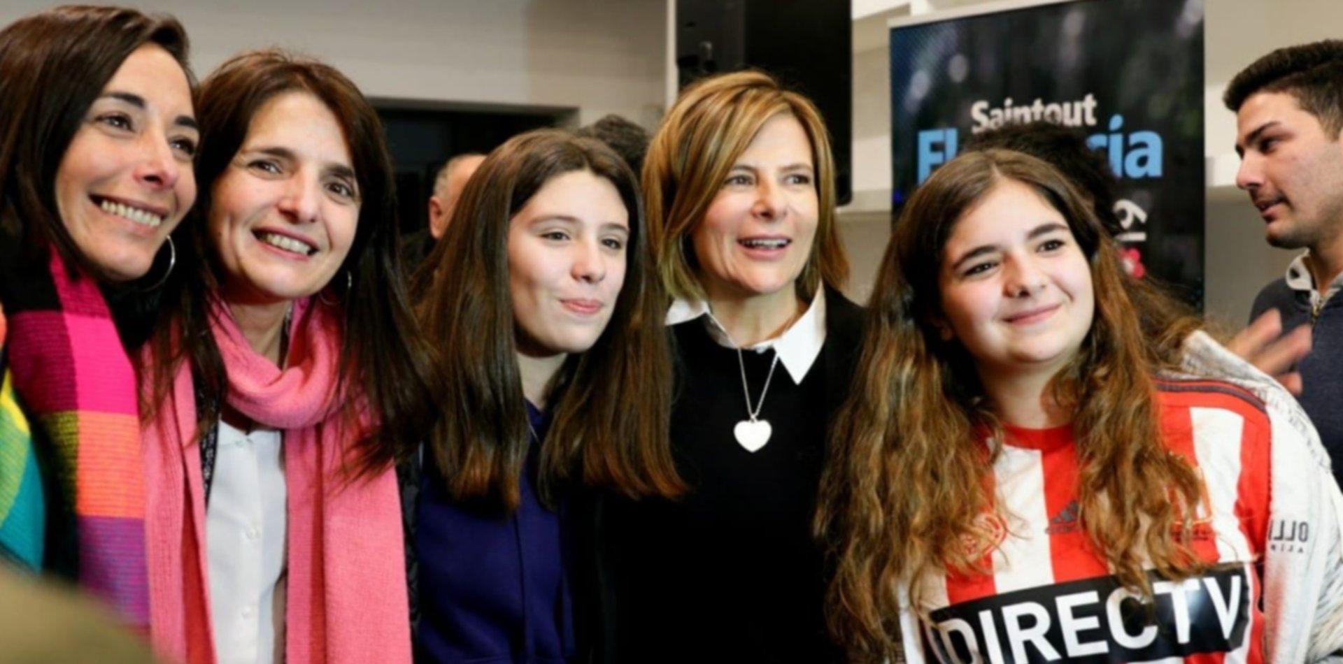 """Florencia Saintout con sus candidatos: """"Tenemos la lista que mejor representa al Frente de Todos"""""""