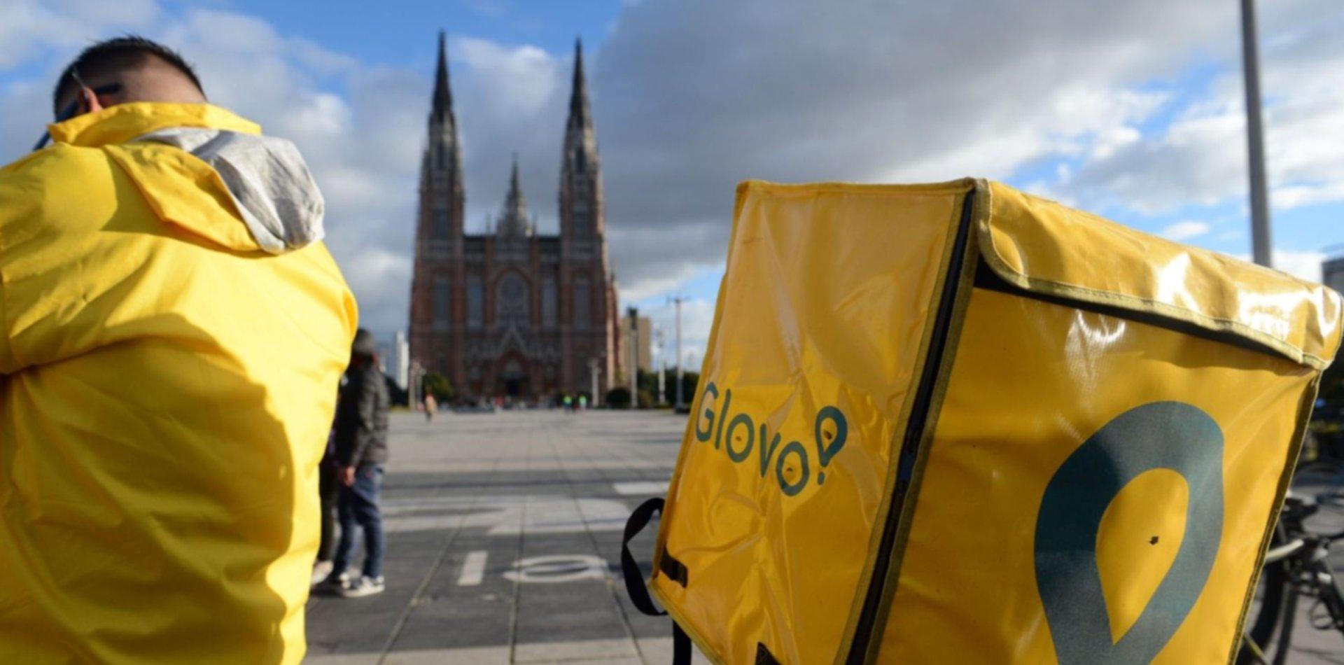 Glovo se va del país y 300 repartidores de La Plata se quedan sin trabajo