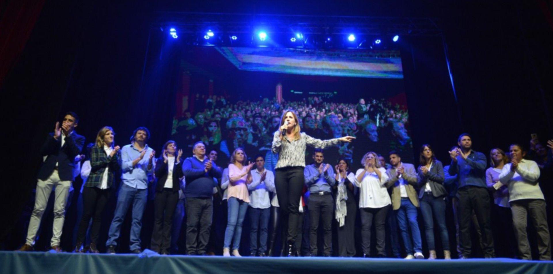 Uno por uno, los concejales y consejeros que acompañan a Victoria Tolosa Paz