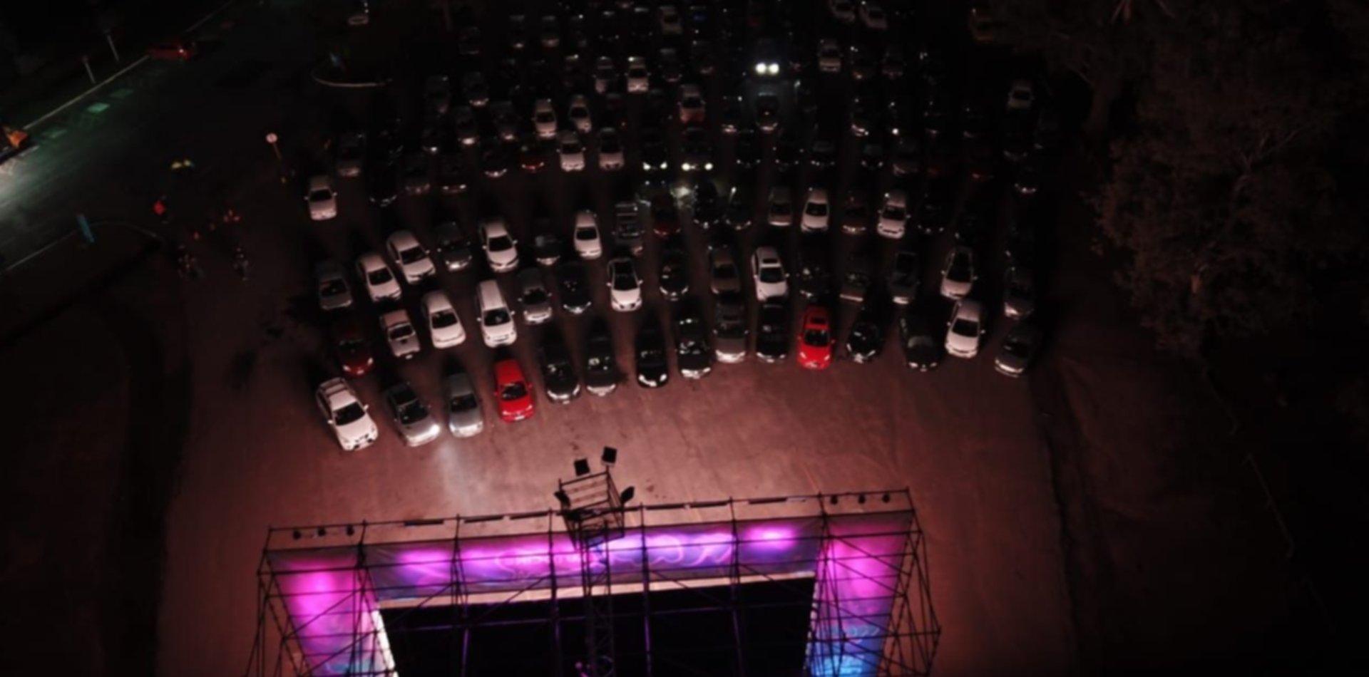 ¿Qué películas se pueden ver en el autocine de La Plata y cómo conseguir las entradas?