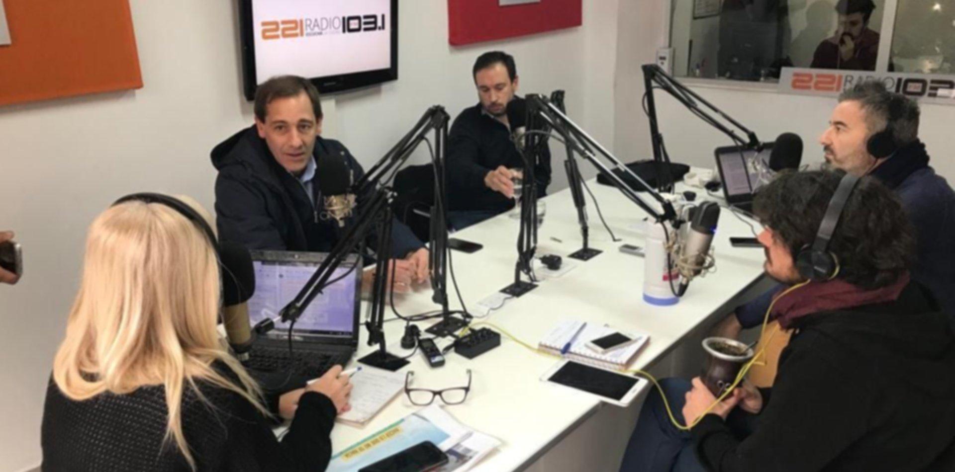 Garro habló de todo en 221Radio: Edelap, manteros y lo que viene en la ciudad