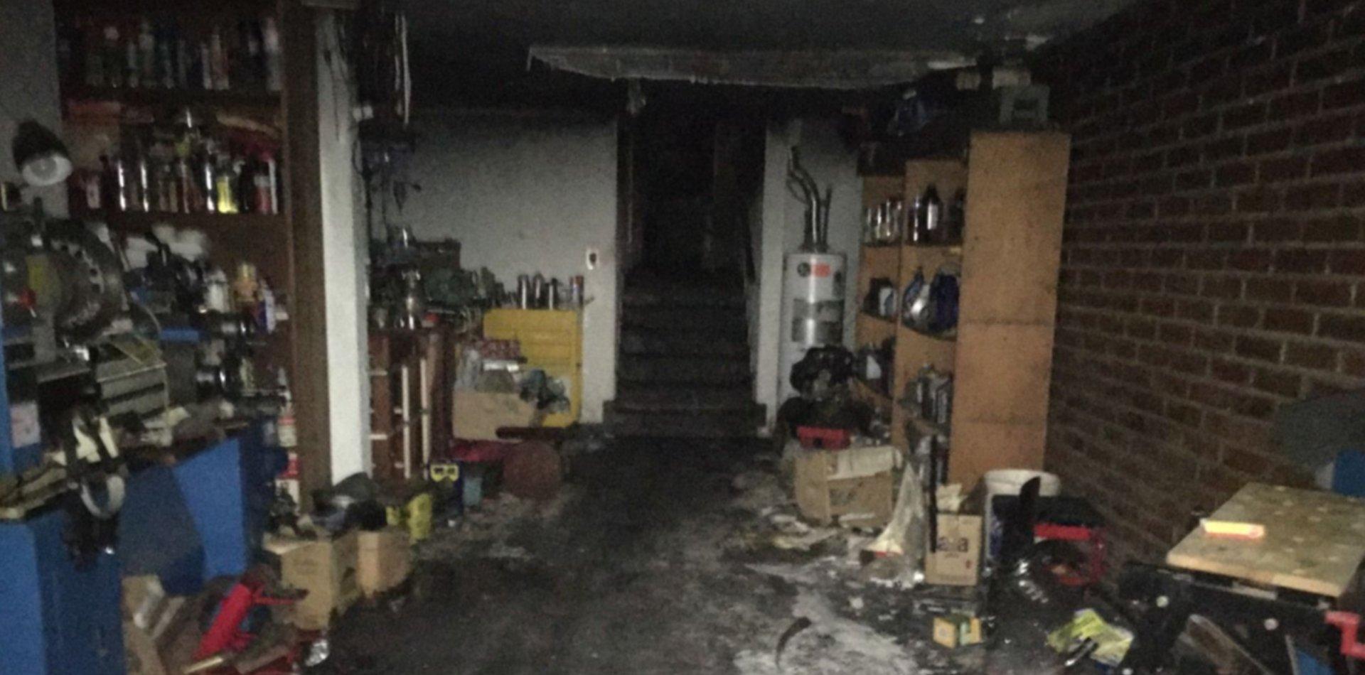 Murió un hombre en La Plata al quedar atrapado en el incendio de su casa