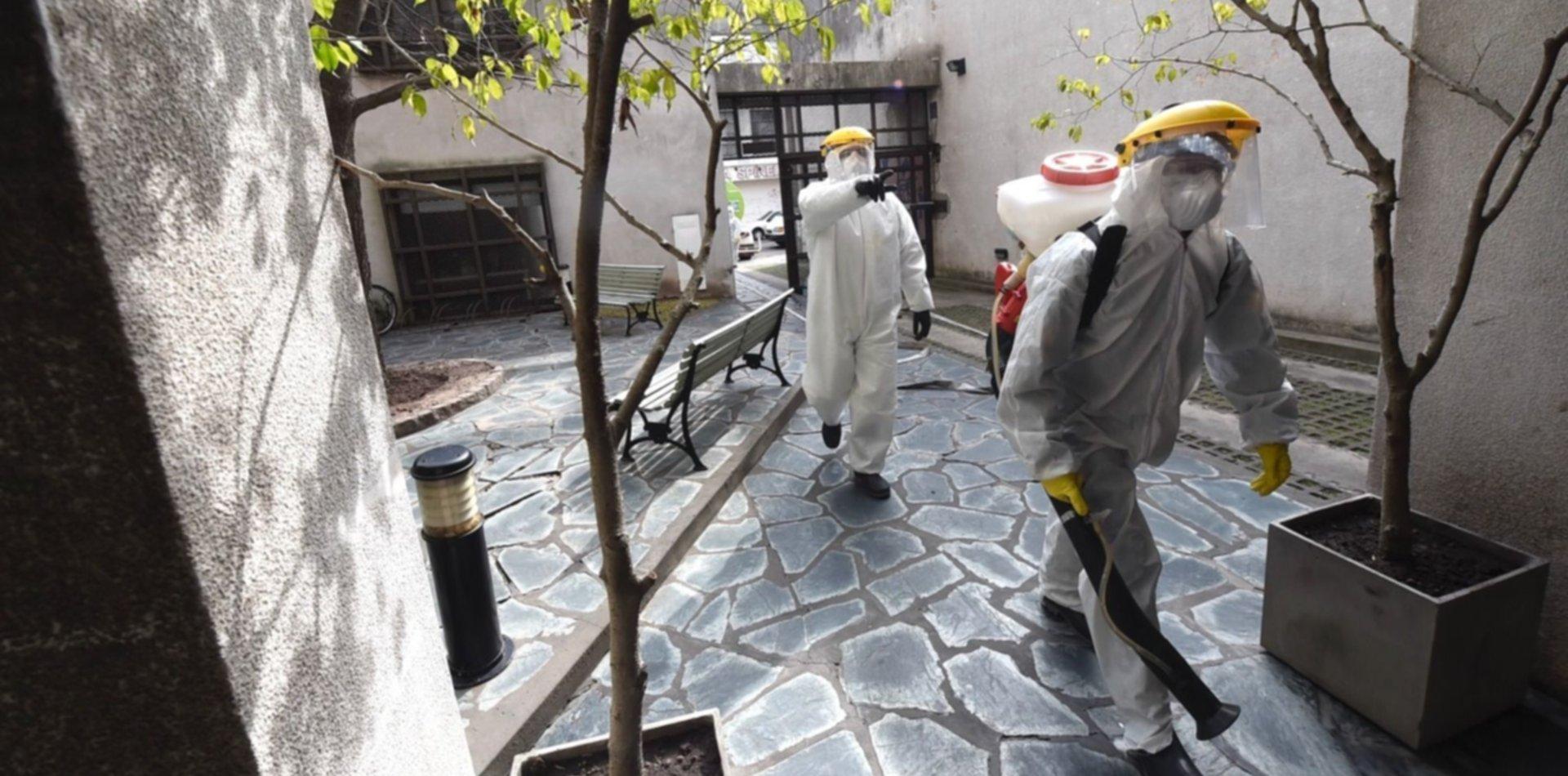 Desinfectaron un edificio del centro por un caso positivo de COVID-19